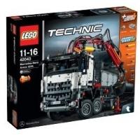 25 % Rabatt auf Spielwaren bei Metro am 18. und 19.12.2015 – zB LEGO – Technic – Mercedes-Benz Arocs 3245 (42043) um 116,10 €