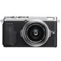 Fujifilm X70 Kompaktkamera inkl. Versand um 520,78 € statt 699 €