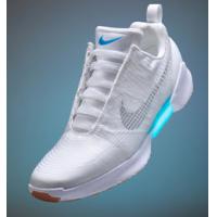 Selbstschnürende Nike-Sneaker (ähnlich wie in Zurück in die Zukunft) ab 28.11.2016 verfügbar – was würdet ihr bezahlen?