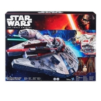 Hasbro Star Wars – E7 Millennium Falke um 39 € statt 81,94 €