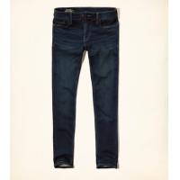 Hollister Jeans für Damen & Herren (viele Größen!) um 11,99 € statt 49 €