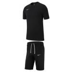 Nike Freizeit Outfit Team Club 19 (div. Farben) um 27,95 € statt 35,97 €
