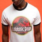 Jurassic Park T-Shirt + LEGO Figuren Set um 19,48 € statt 39,98 €