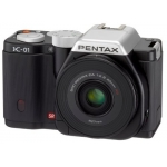 Pentax K-01 Systemkamera mit 40mm Pancake Linse um 360€ statt 757€ bei Amazon.co.uk